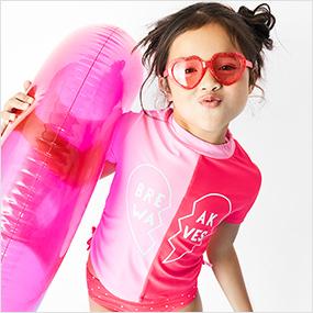 toddler girl swim